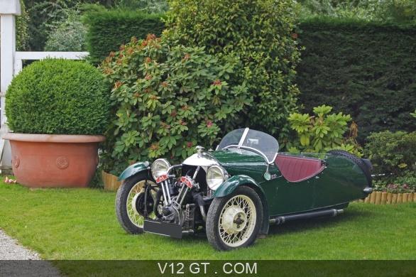morgan 3 roues vert 3 4 avant gauche el gance chevaux vapeur 2010 classic driver les plus. Black Bedroom Furniture Sets. Home Design Ideas