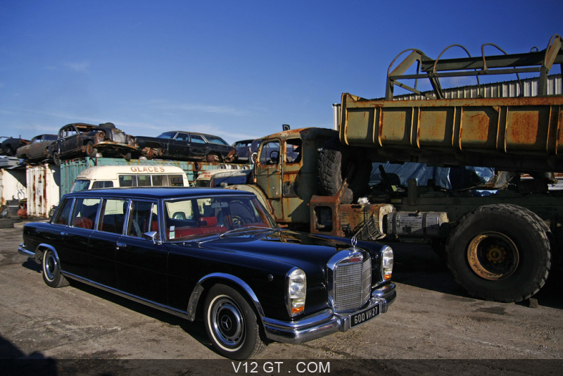 mercedes 600 lwb noir casse 3 4 avant droit mercedes benz photos classic les plus belles. Black Bedroom Furniture Sets. Home Design Ideas