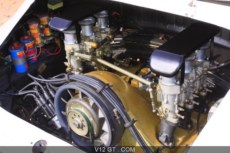 essai d 39 une automobile classic la porsche 911 2 0 r. Black Bedroom Furniture Sets. Home Design Ideas