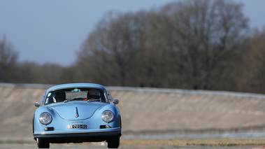Coupes de Printemps 2017 - Porsche 356 bleu face avant